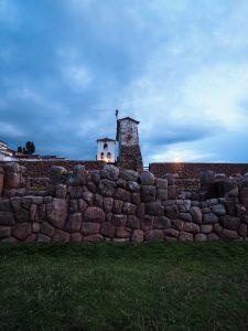 Kirche der Spanier auf den Incaruinen bei Chinchero