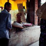 Hier wird Reispapier für Nudeln gemacht