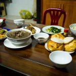 Abendessen mit den Gastgebern