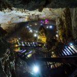 Erstmal musste man steil hinunter in der Paradise Cave