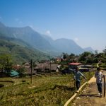 Jungs im Dorf Lao Chai