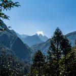 Bergkette auf dem Weg zum Wasserfall