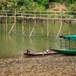 Spielende Kinder am Mekong