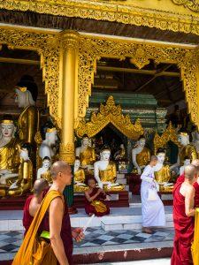 Noch mehr Buddhas