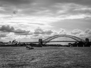 Harbour Bridge neben Opernhaus